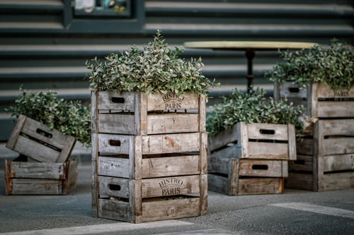 Reasons why you should use timber crates for your shipping needs