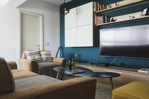 Installing a TV on your wall: what to know about it