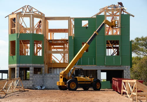 Hiring Professional Residential Builders for Your Needs: The Benefits