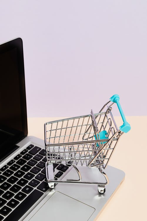 Pandemic and the development of E-commerce