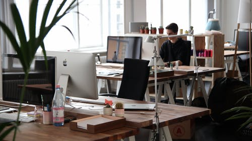 6 Tips to Get Rid of Dust in An Office
