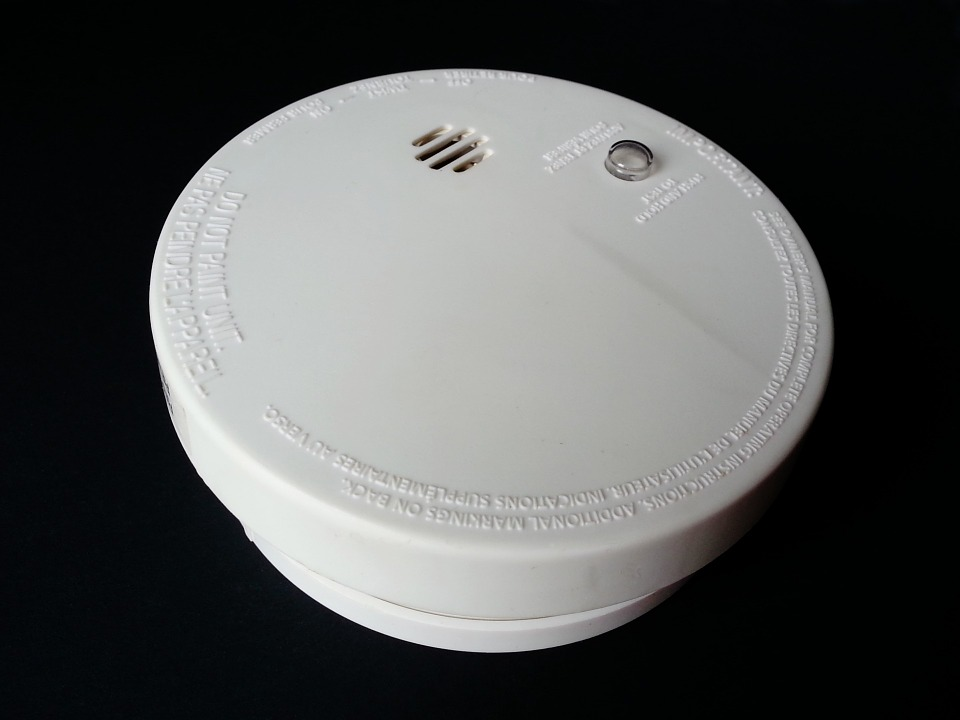 6 Things to Consider When Buying Smoke Detectors