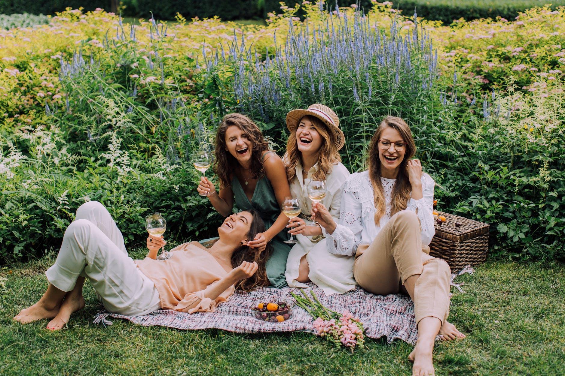 Five Ideas for a Friends' Hangout