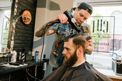 Ways How Barbershops Keep Themselves and Their Clients Safe During Pandemic